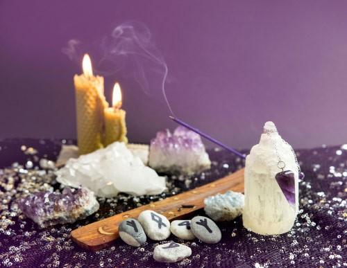 mon-avenir-voyance-fr-outils-divinatoires