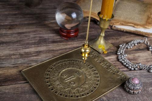 mon-avenir-voyance-fr-radiesthesie-outil-divinatoire